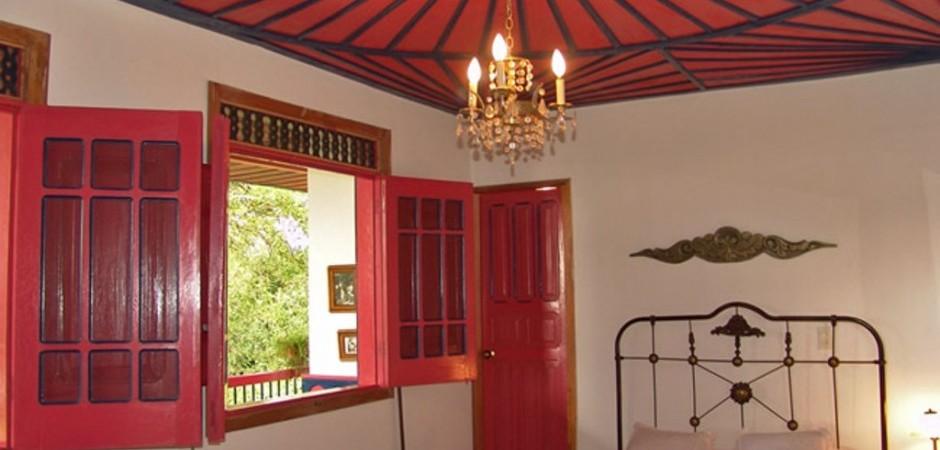 Habitacion cama sencilla Fuente fincaelbalso com